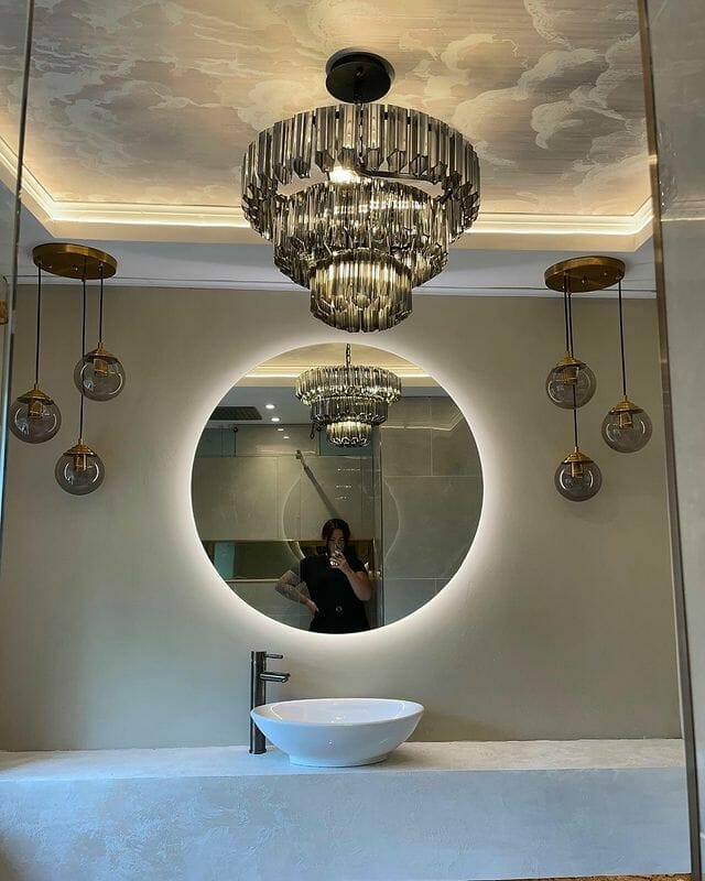 Chloe In Her New Bathroom